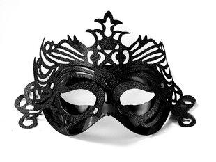 Peo mask kaunistustega, must