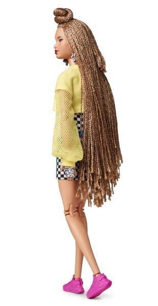 BMR1959 - Barbie rattapükstes Internetist