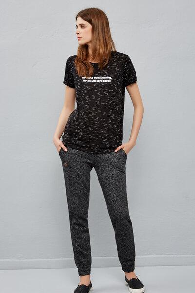 Женская футболка Moodo